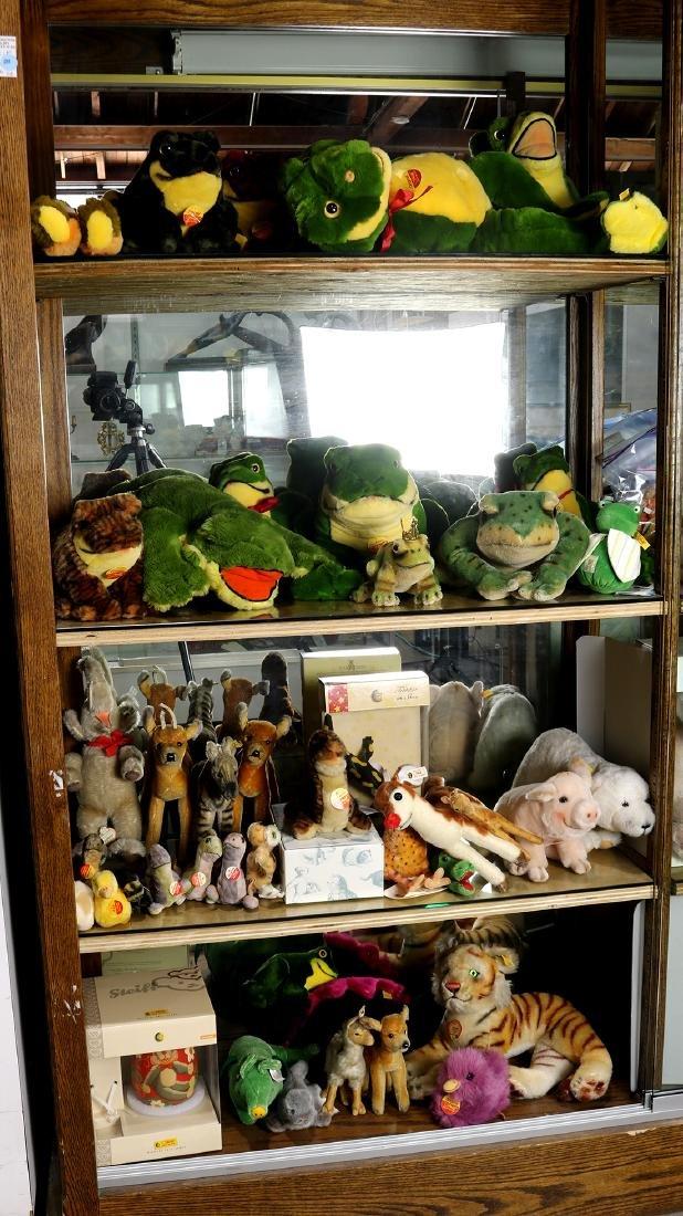 (lot of 30+) Steiff plush stuffed animal group,