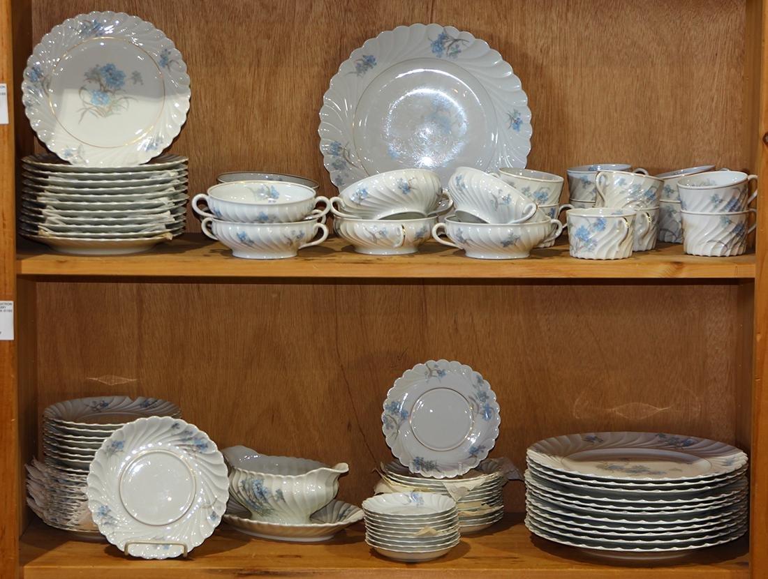 (lot of 84 ) Haviland for Limoges porcelain service,
