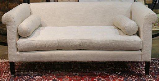 Moderne Lee Jofa Upholstered Sofa