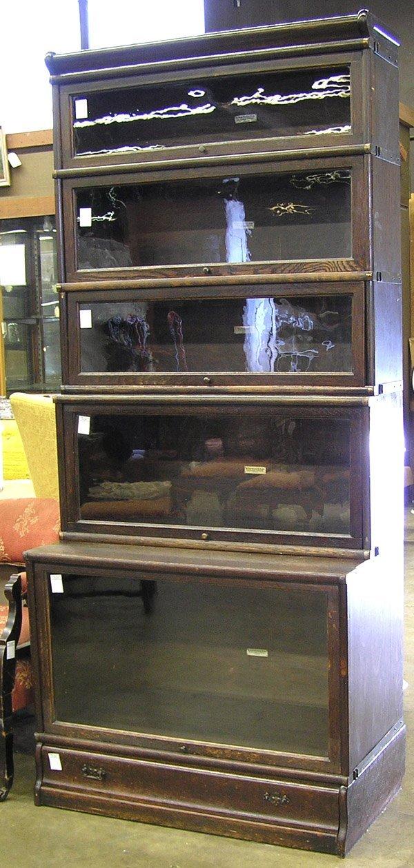 158: Globe-Wernicke Lawyer Bookcase