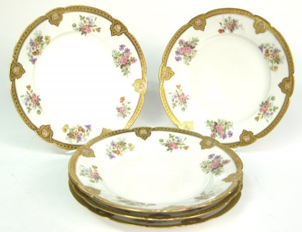 2017: Limoges porcelain service plates Weill