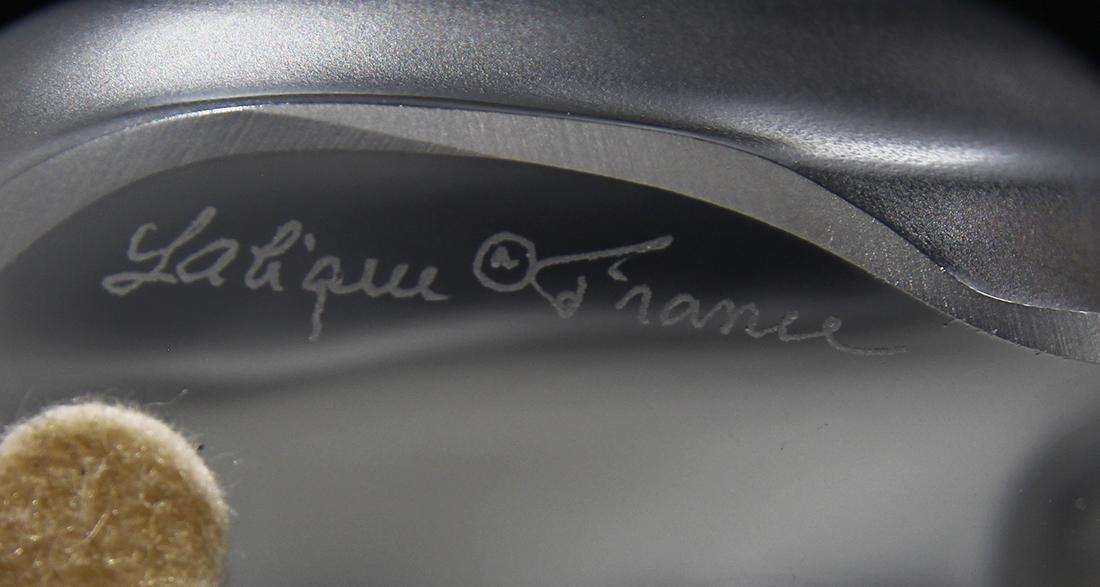 Lalique France ''Bamara'' frosted art glass lion, - 7