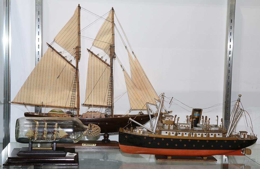 lot of 3) Model ship group