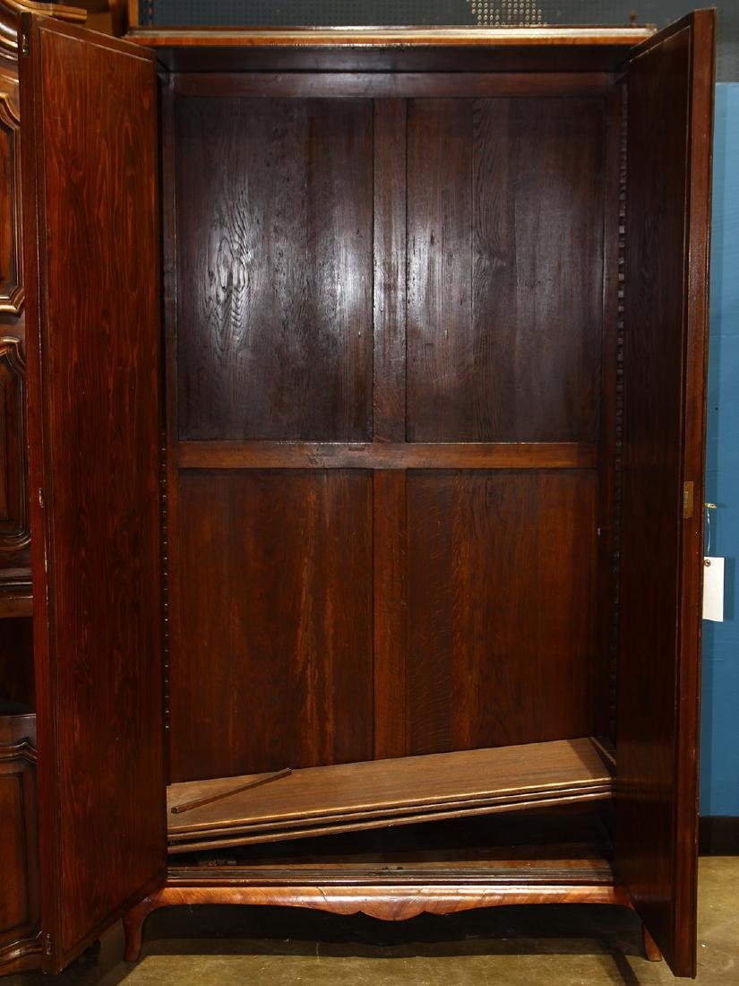 Continental inlaid linen press - 2