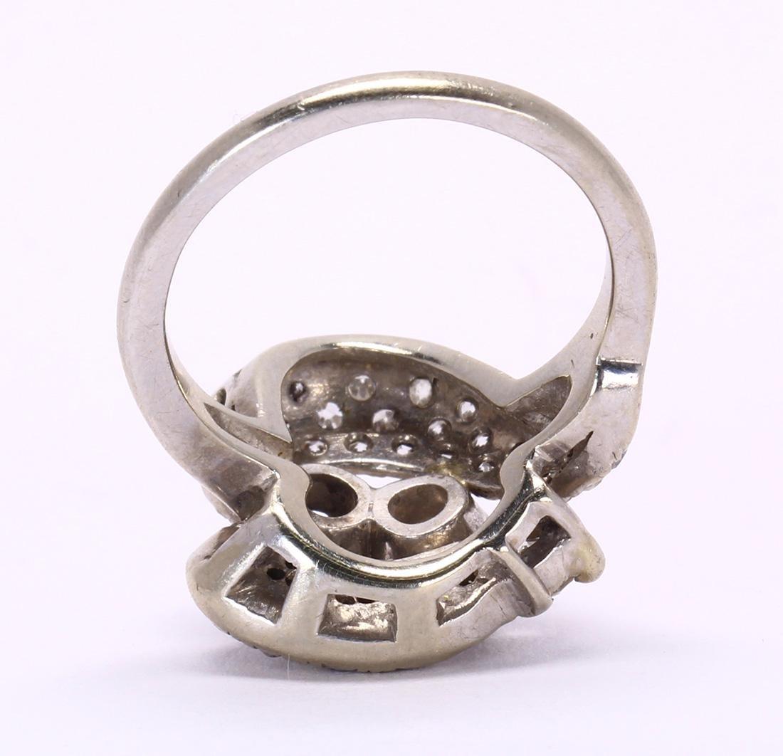 Diamond and 18k white gold ring - 3