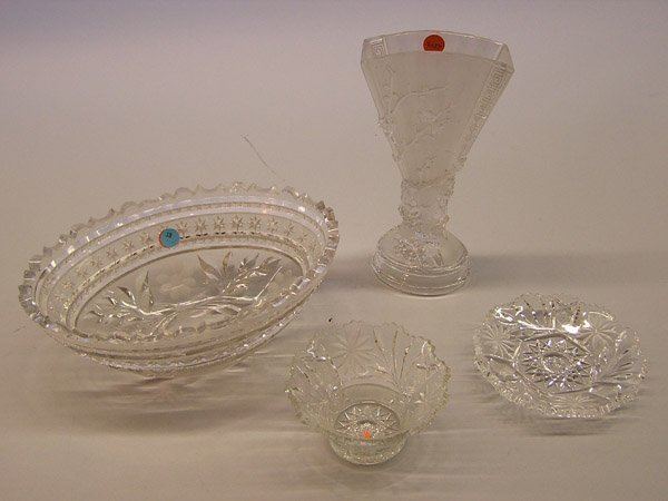 19: Cut crystal and pressed glass items
