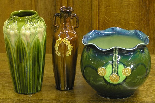 5999: Brush McCoy art pottery vase