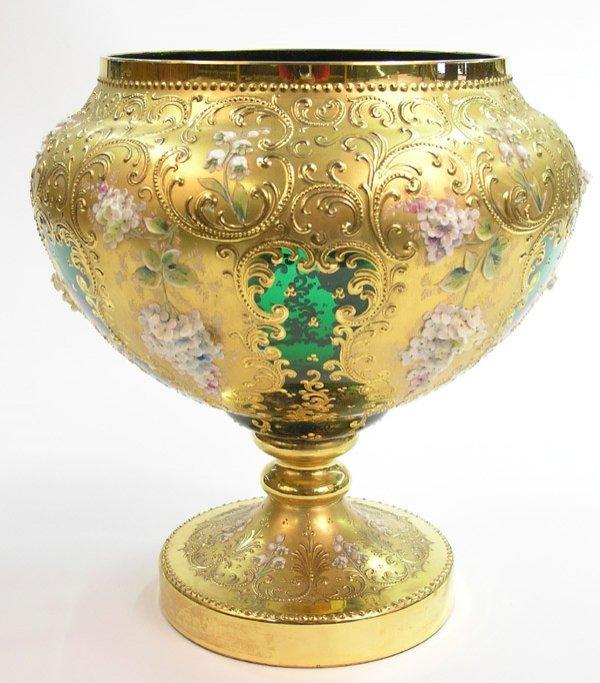 2015: Murano art glass footed vase emerald