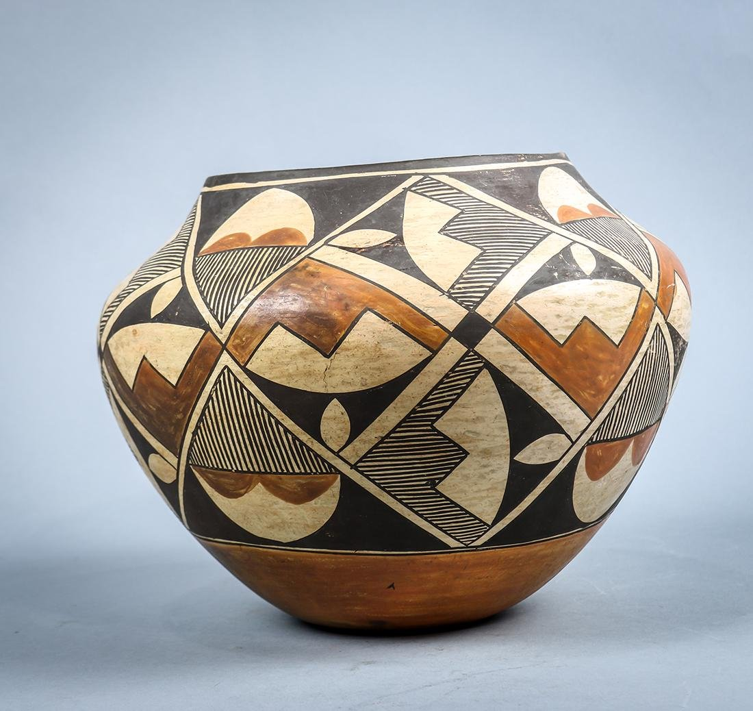 Acoma pottery olla or water jar, early 20th century, - 2