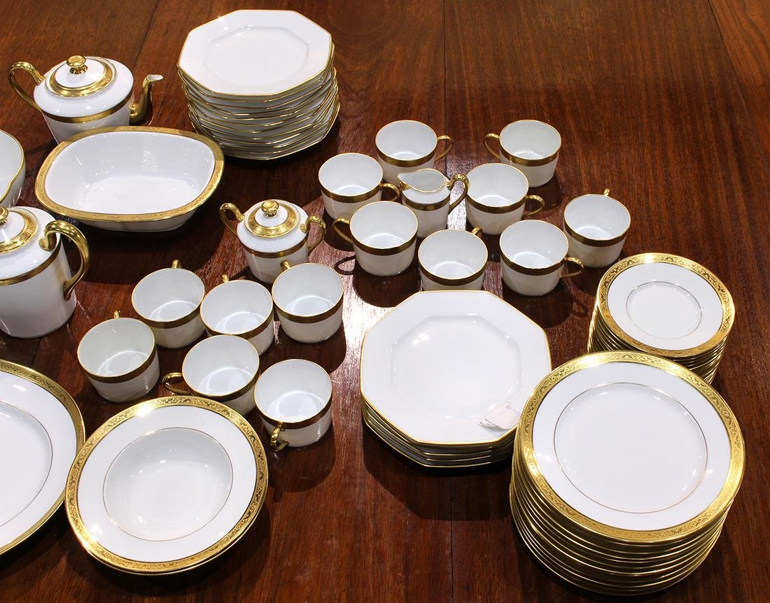 """French Limoges Raynaud """"Ambassador Gold"""" table service - 2"""