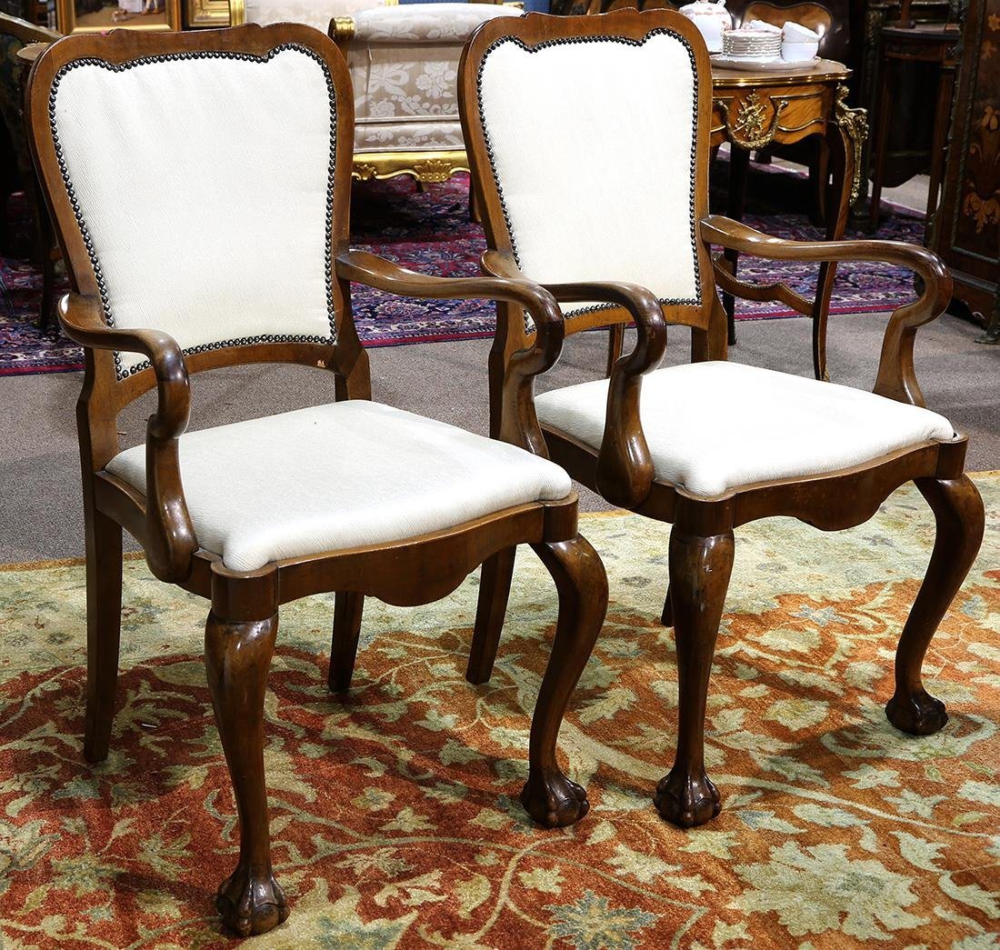 Pair of Chippendale style arm chairs - 2