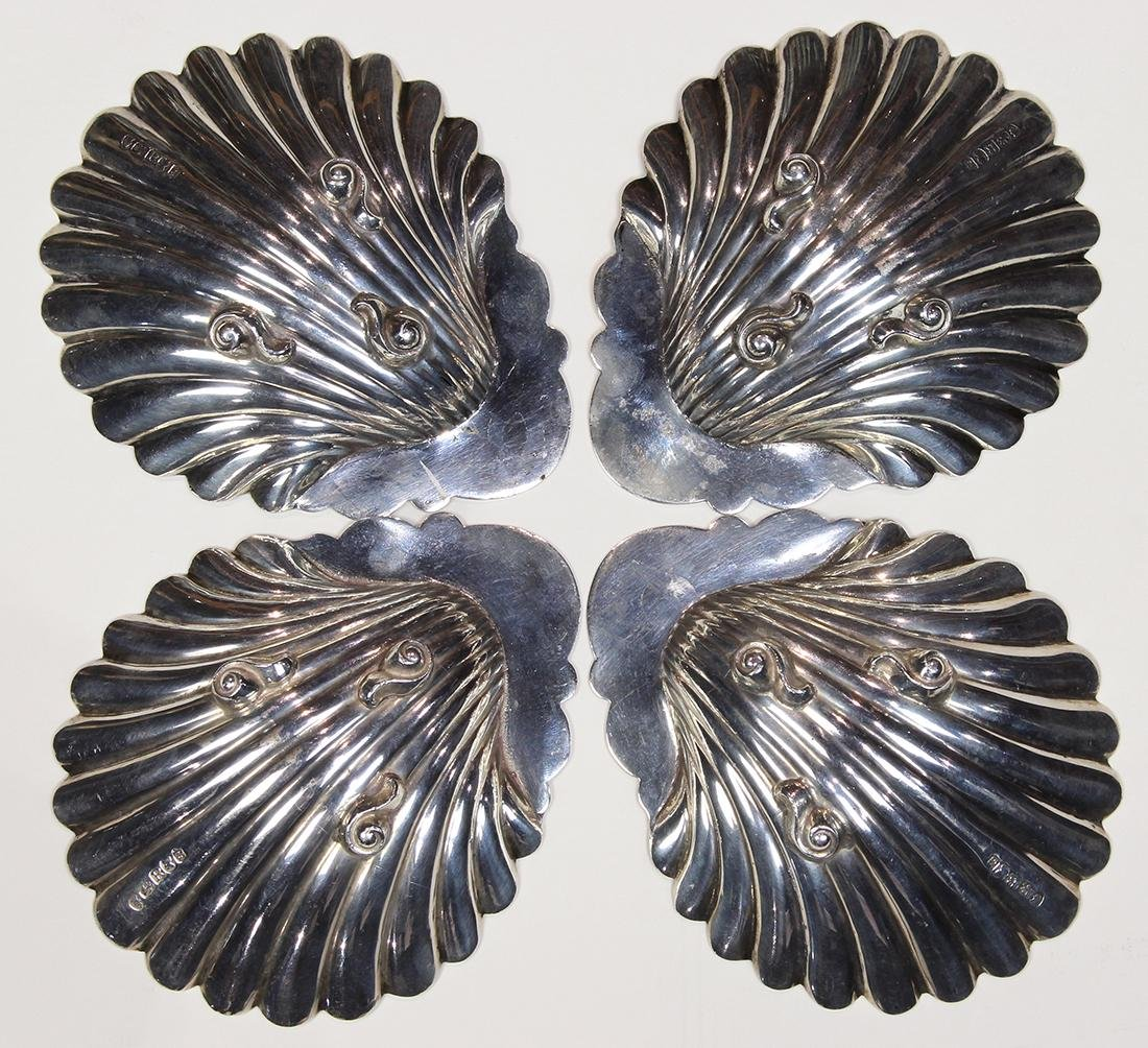 George III sterling silver shell form footed dishes - 2