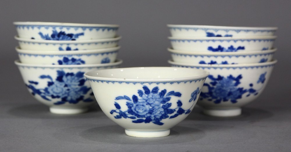 Chinese Blue-and-White Porcelain Cups, Flowers