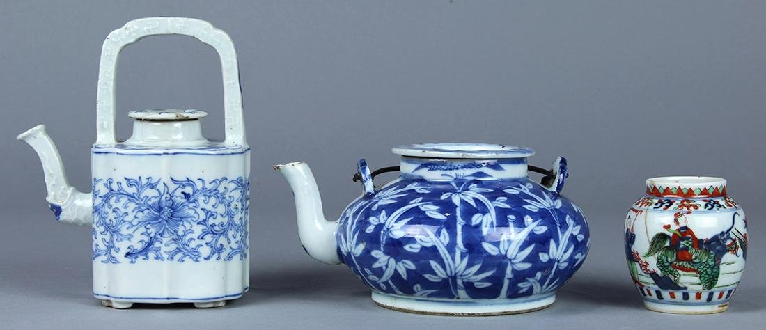 Chinese Blue and White Porcelain Teapots, Wucai Jarlet