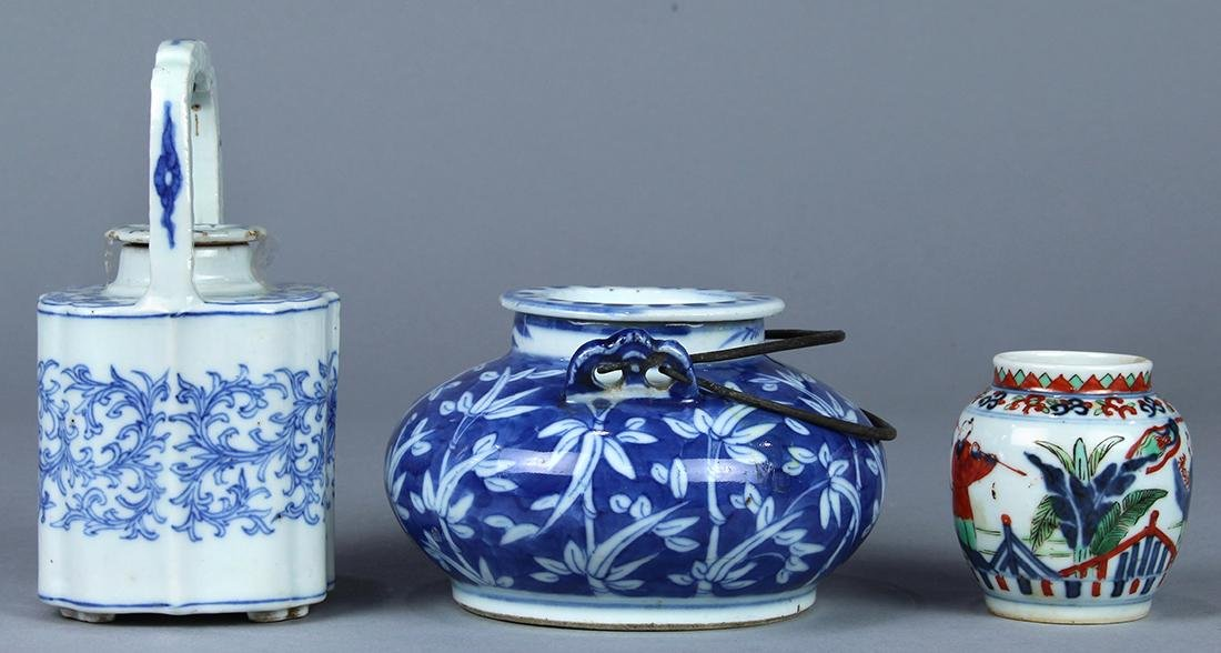 Chinese Blue and White Porcelain Teapots, Wucai Jarlet - 3