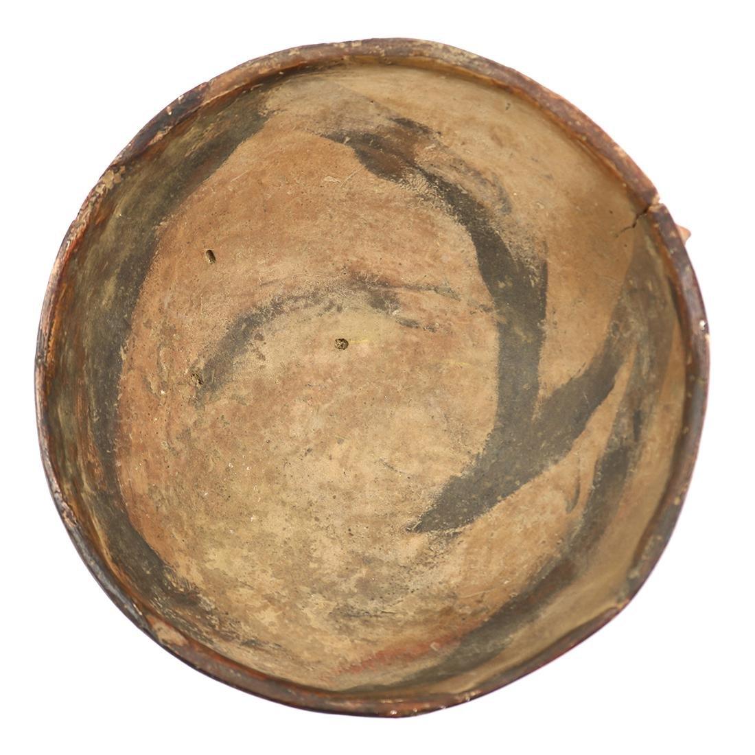 Chancay tripod bowl, Central Litterol Peru (1000 - 1200 - 4