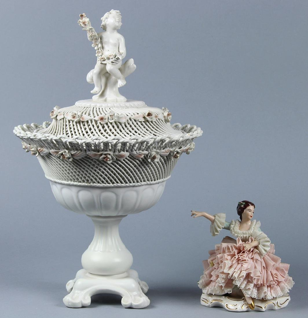 (lot of 2) Continental porcelain group