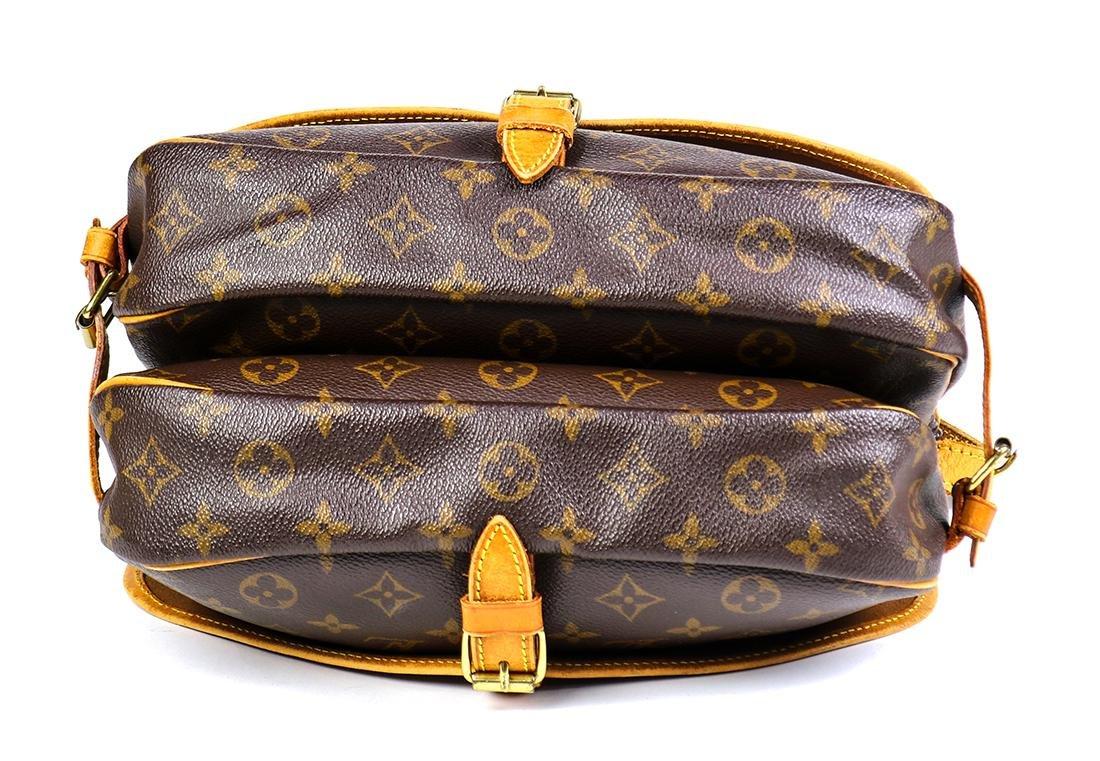 Louis Vuitton Monogram Saumur 25 handbag - 4