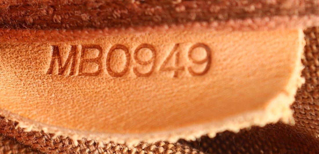 Louis Vuitton Monogram Saumur 25 handbag - 5