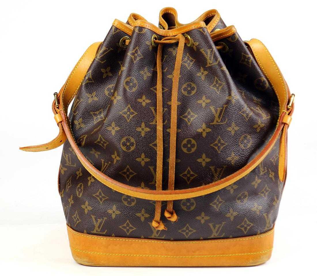 b4b10e8fff6a Louis Vuitton Noe GM shoulder bag