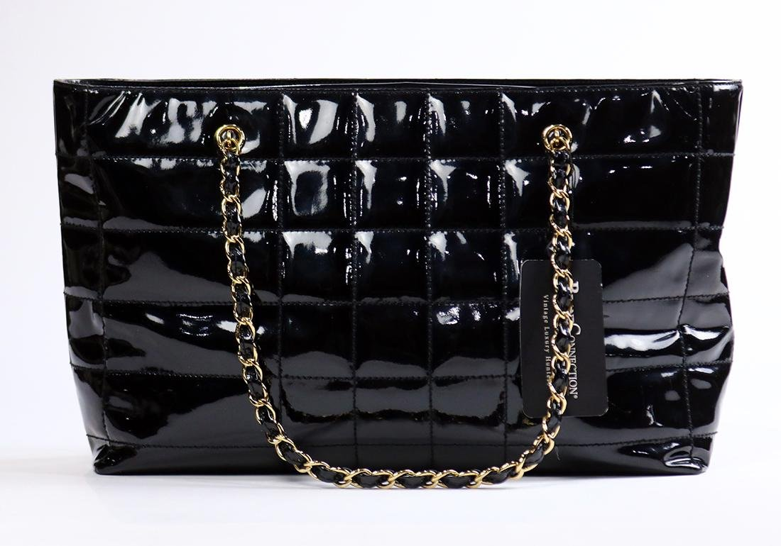 Chanel black patent leather tote bag - 2