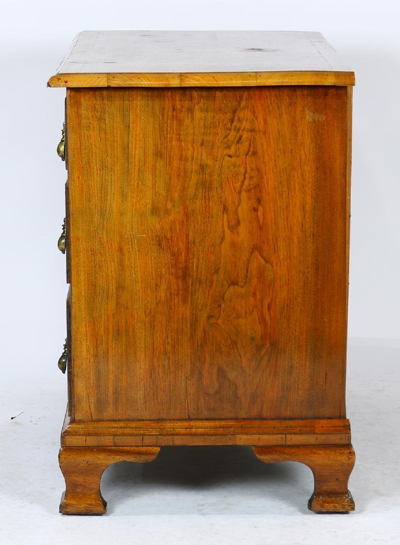 George II chest of drawers - 3