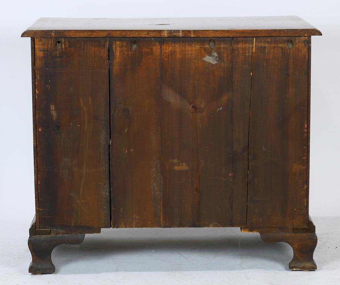 George II chest of drawers - 4