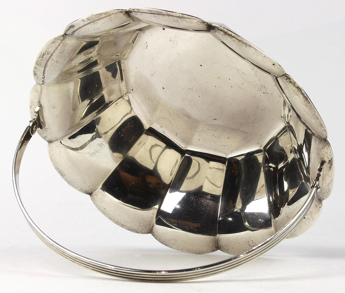 Tiffany & Co. sterling silver swing handle bowl - 3