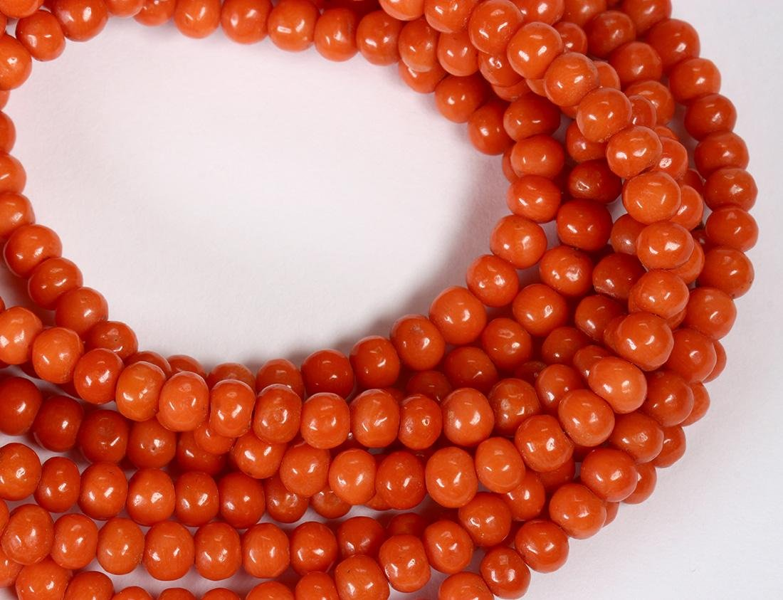 Coral bead necklace - 4