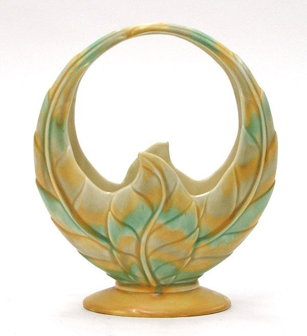 13: Beswick pottery ring-form basket