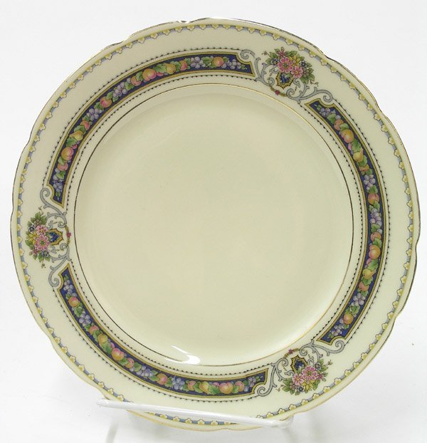 2090: KPM porcelain ''Royal Ivory'' dinnerware - 5