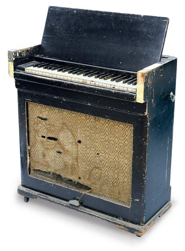 2250: Celesta keyboard idiophone 49 keys