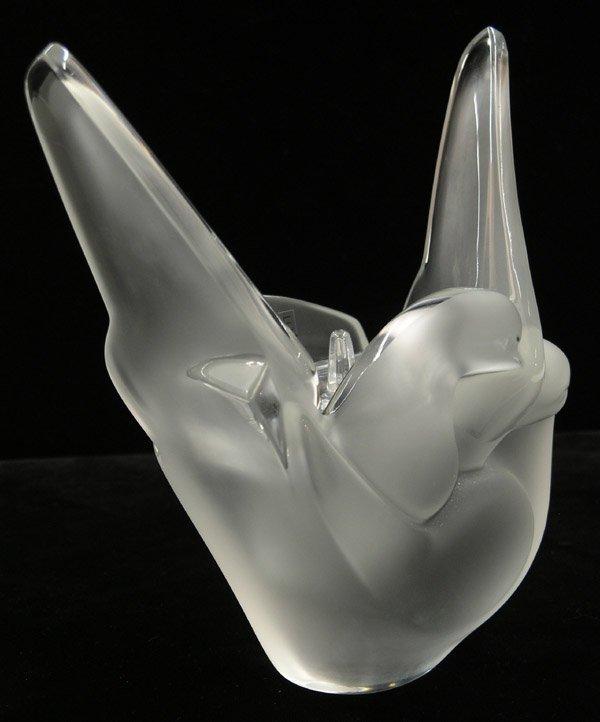 6003: Lalique ''Sylvie'' vase