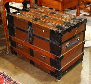 (lot of 2) Victorian ribbed steamer trunks, having an