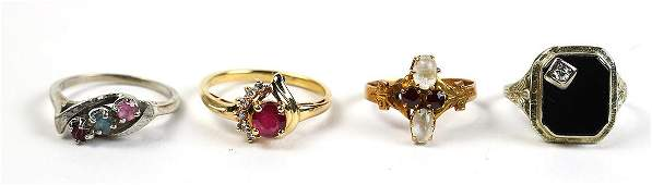 Multi-stone and yellow gold rings