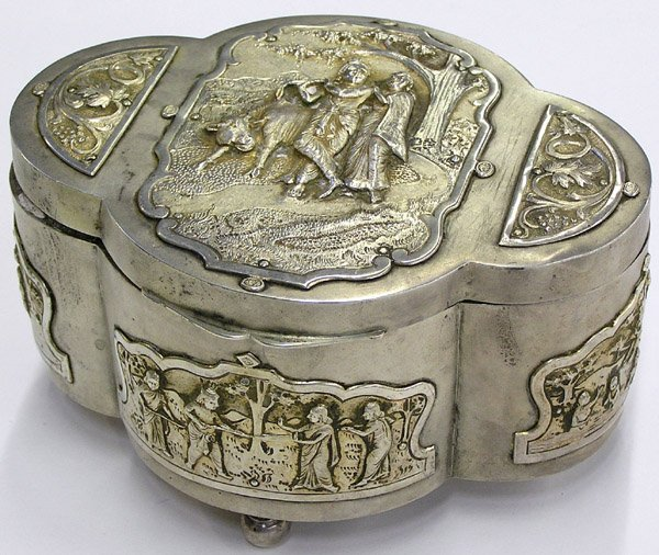 4014: Indian Silver Betal Nut Box, Krishna