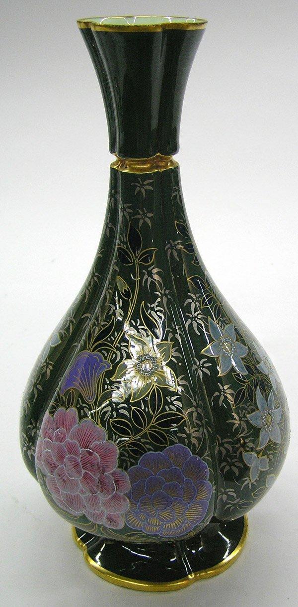 6021: Royal Worcester hand-enameled vase