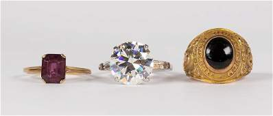 Multistone and gold rings