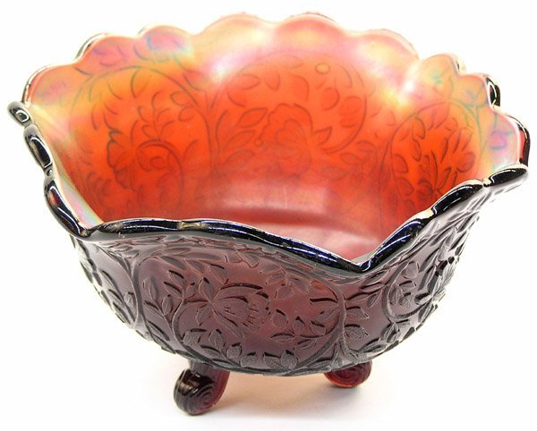 19: Westmoreland carnival glass Louisa bowl