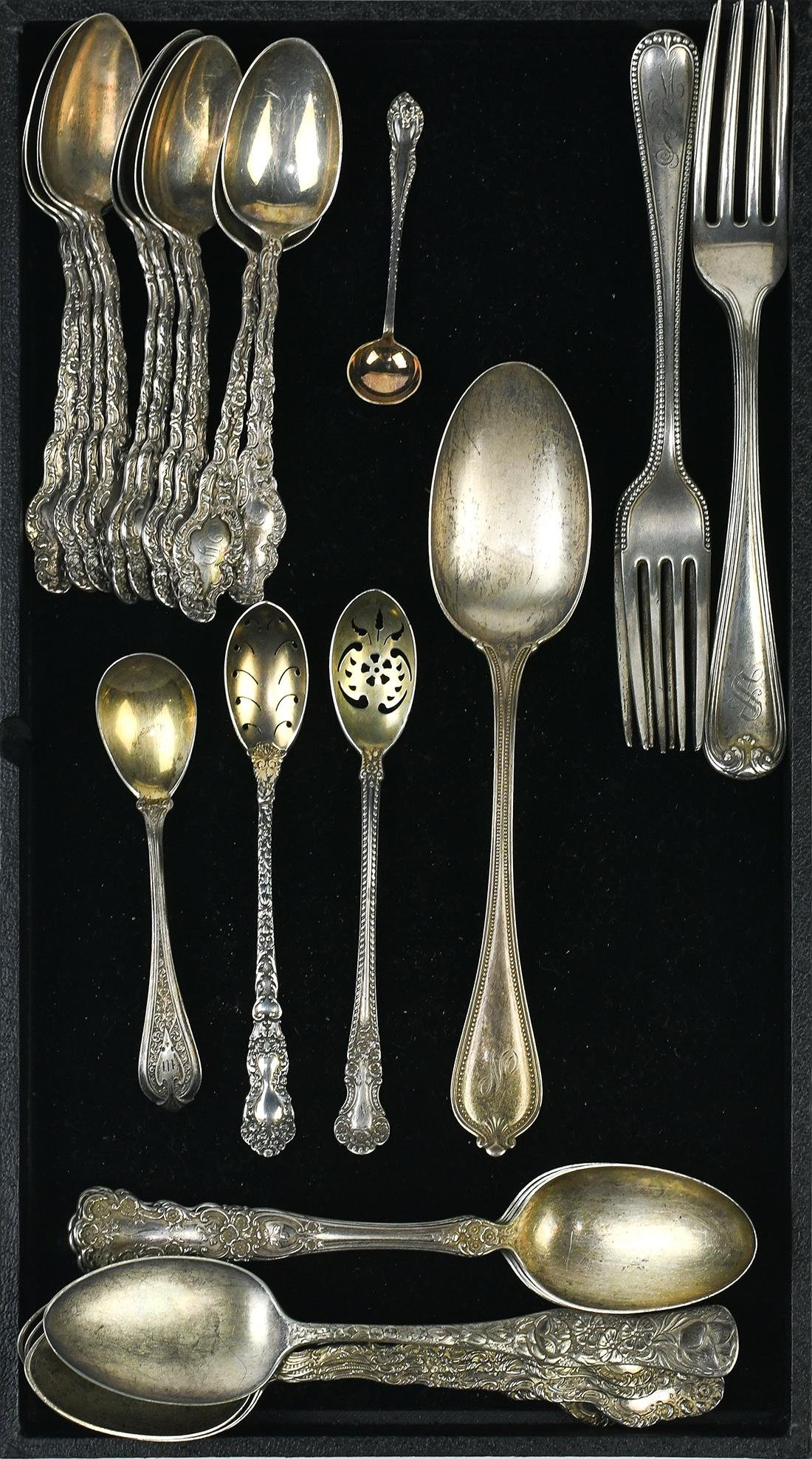 Assorted sterling silver flatware, including