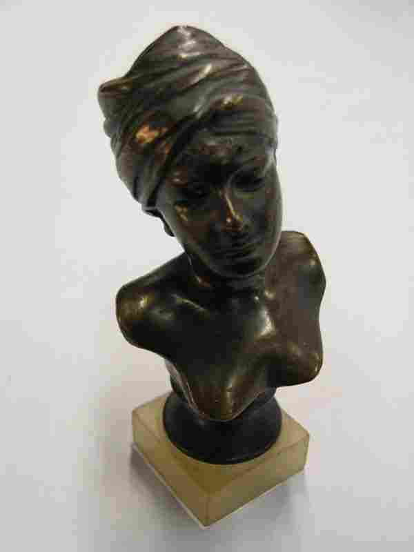 French bust signed Villanis