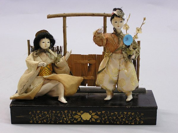 15: Japanese Figural Group