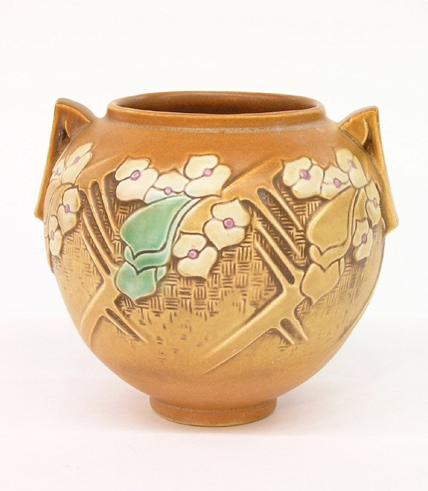 6022: Roseville brown Clemana bulbous vase
