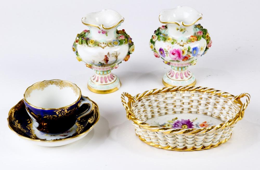 An associated Meissen porcelain group
