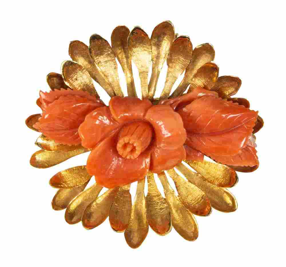 Coral, 14k yellow gold flower booch