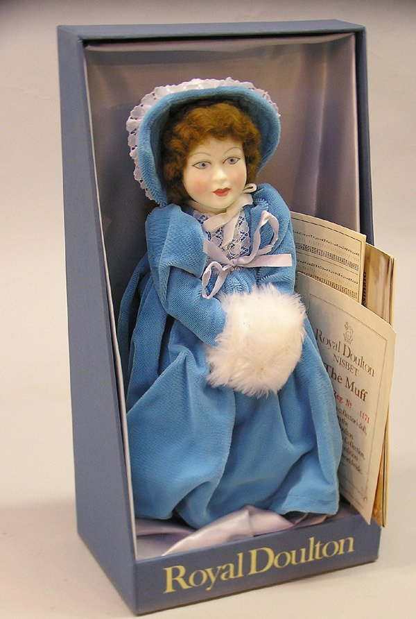 4014: Royal Doultan figurine in box