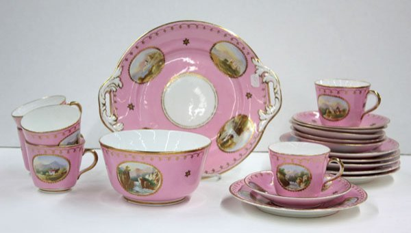 2020: French porcelain dessert set