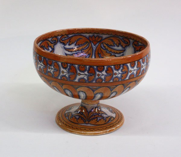 4018: French faience pedestal bowl