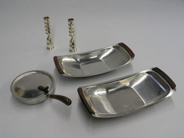 21: Dansk & Lundtofte serving pieces