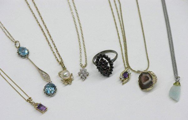 1890: Group of fine necklaces